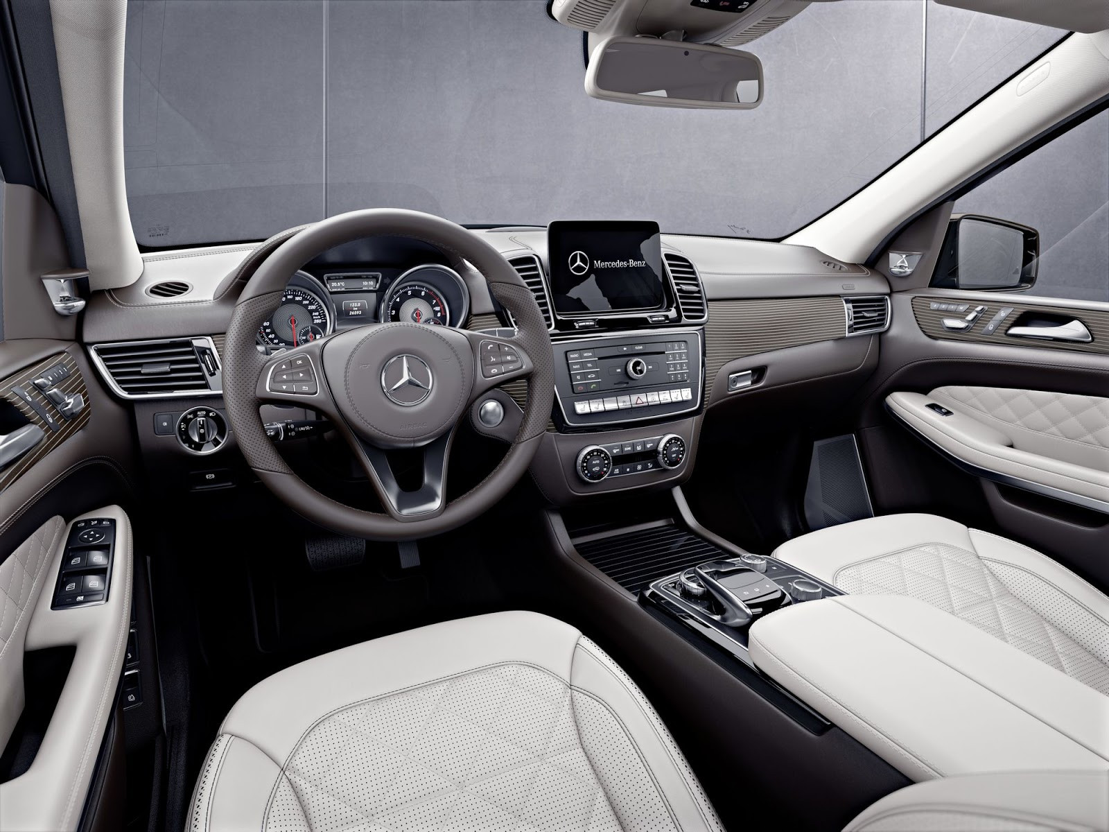background - Mercedes-Benz GLS Grand Edition: Luxus na rozdávání!