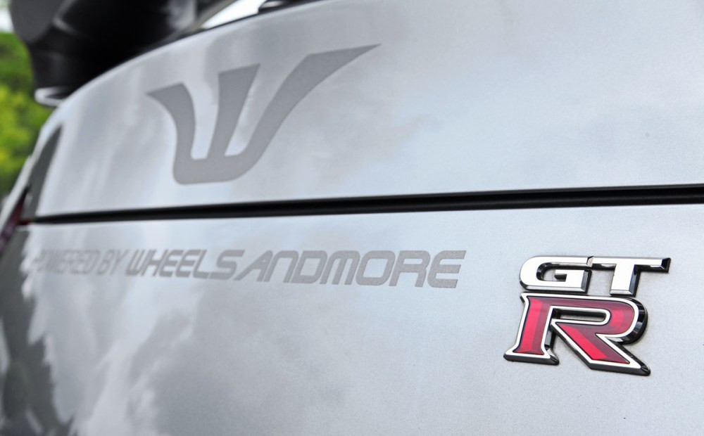 background - WheelsandMORE pre NISSAN GT-R